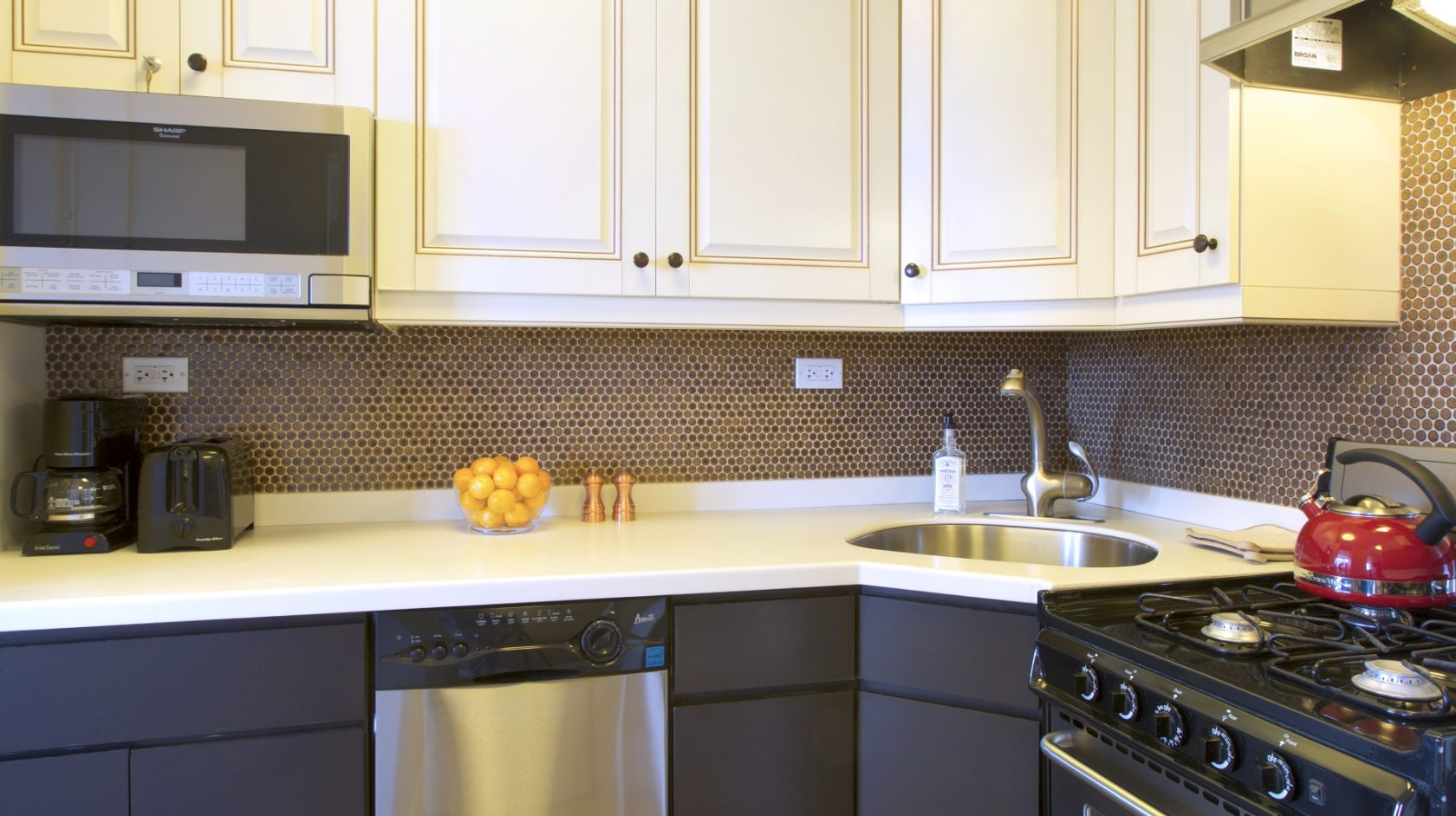 kitchen in new york city extended stay hotel